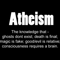 Atheism. The knowledge that - ghosts don't exist; death is final; magic is fake; good/evil is relative; consciousness requires a brain. - T-shirt féminin Athé