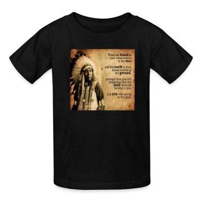 T-shirt enfant This land does not belong to you, it is you who belong to this land